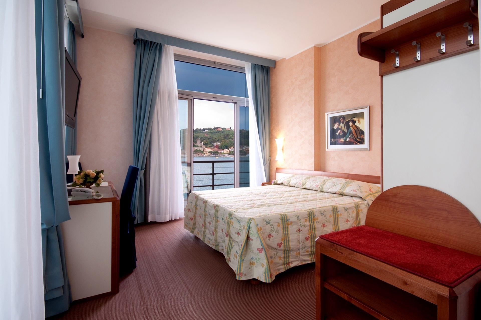 hotel-san-terenzo-camera-vista-6535