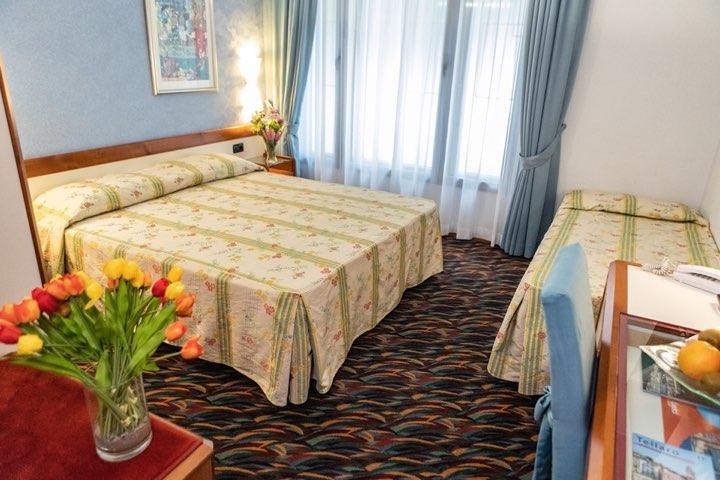 hotel-san-terenzo-camera-standard-dettaglio-4