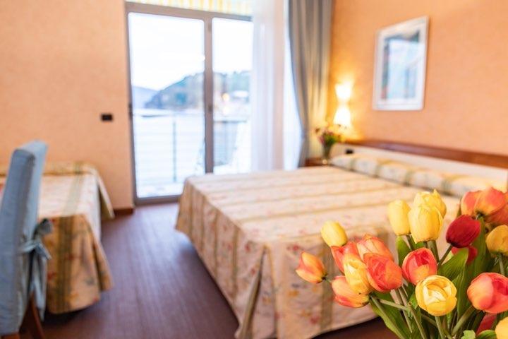 hotel-san-terenzo-camera-vista-mare-dettaglio-1